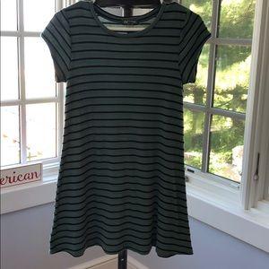 Billabong girls green black dress